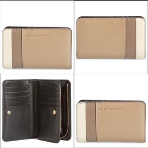 MARC JACOBS SAFFIANO LEATHER WALLET NWOT